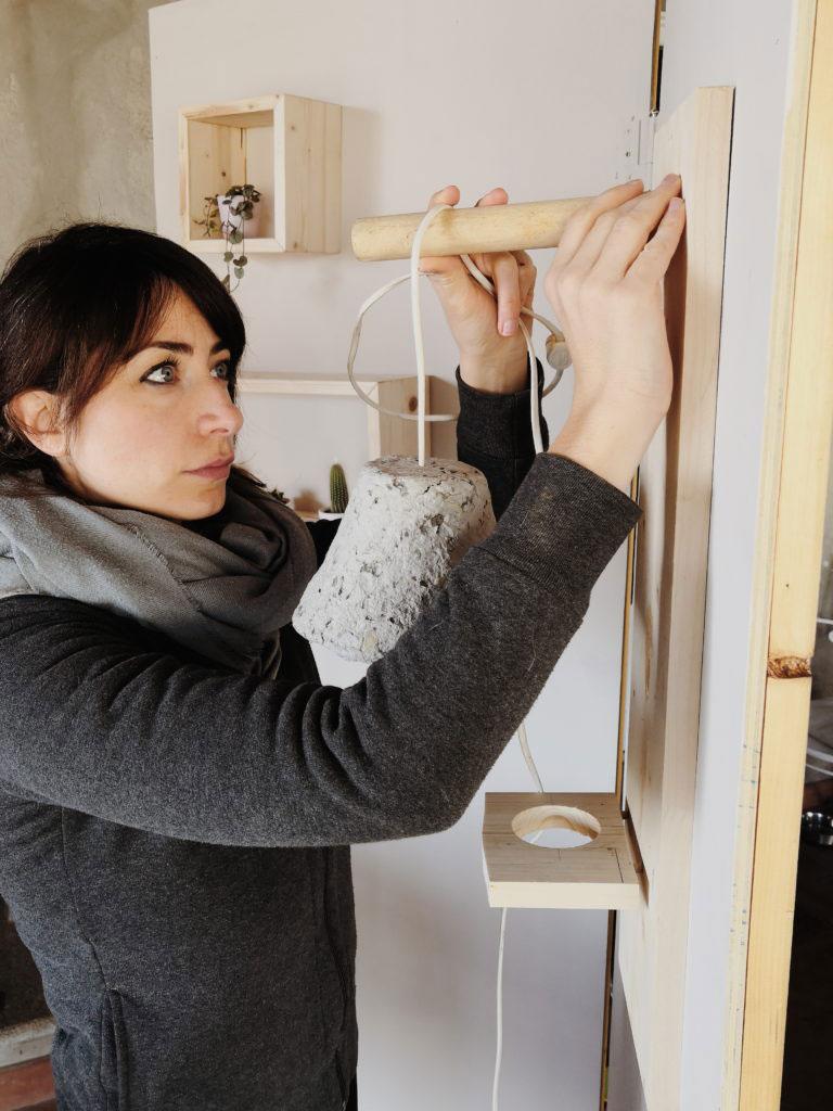Braccialetti in cartapesta da fare in casa con i bambini